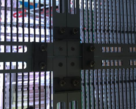 TRANSPARENT-LED-DISPLAY-3