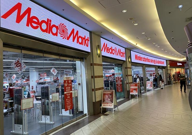 P4 Flexible LED Screen in Media Mart