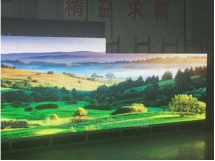 YUCHIP Indoor 100㎡ HD LED Display In Laos And Aging Test